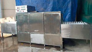 Máy rửa chén bát khay băng chuyền DW-618